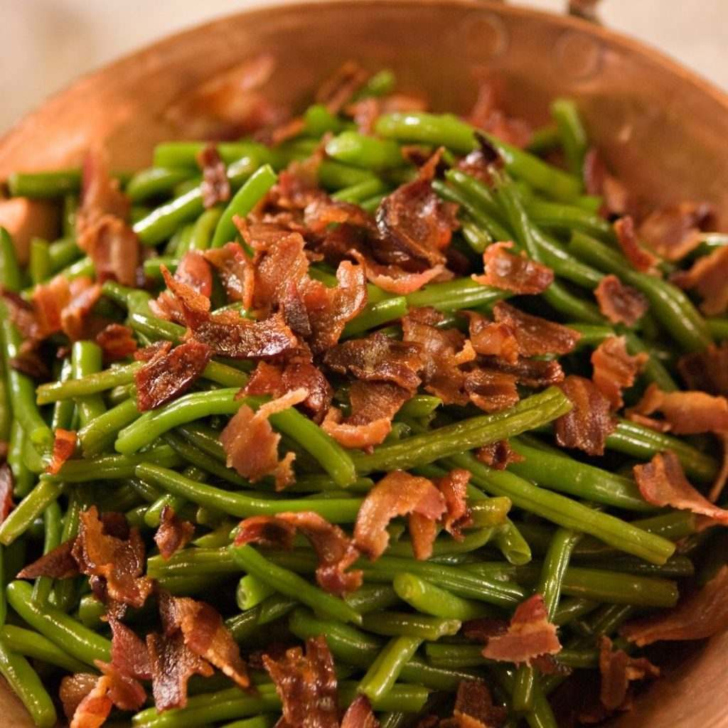 dairy-free green beans with crispy bacon