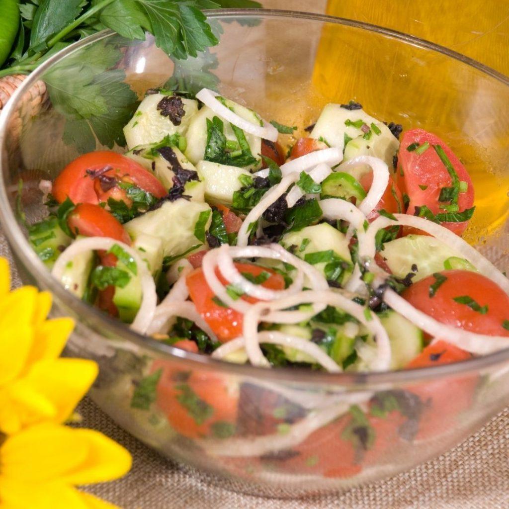 simple cucumber mint salad