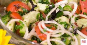 Read more about the article Simple Cucumber and Mint Salad